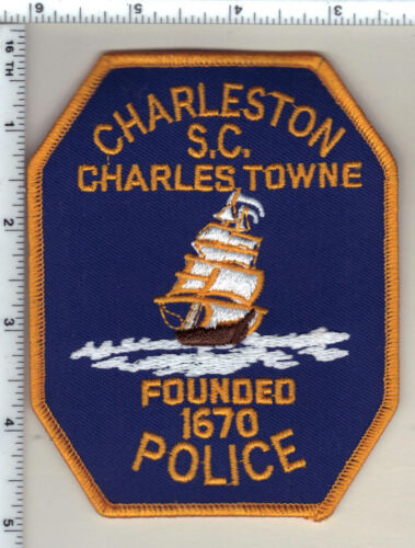 Charleston Police (South Carolina) Shoulder Patch new from 1992