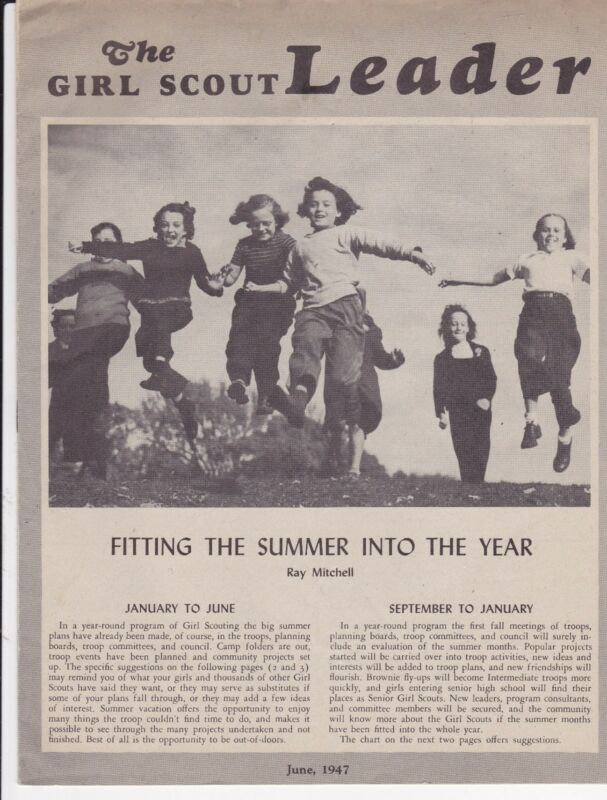 GIRL SCOUTS: 18 GIRL SCOUT LEADER MAGAZINES.  1947- 1949
