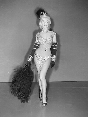 Marilyn Monroe 8X10 Celebrity Photo Picture Hot Sexy Classic 76