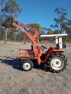 kubota tractor in Western Australia | Farming Vehicles