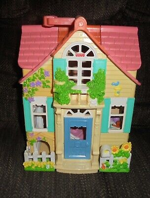 Fisher Price Sweet Streets Country Cottage Folding Doll House 2000 Loving Family