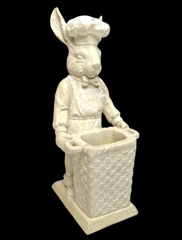 FLEUR DE LIS White Rabbit Chef Figurine Holding An Empty Basket  - 1998 - Rare