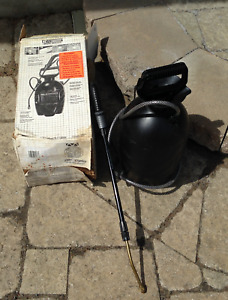 LAWN & GARDEN SPRAYER BRAND NEW