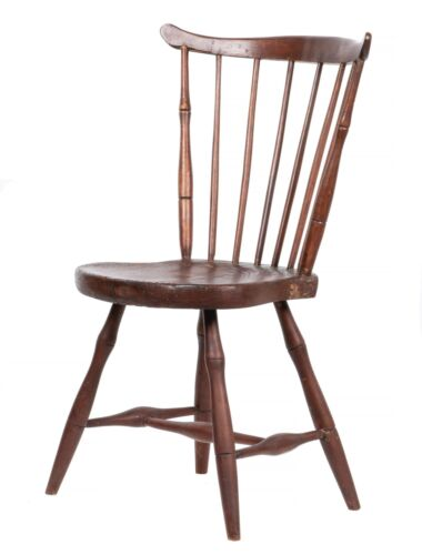 An Early American Windor Saddle Back Side Chair