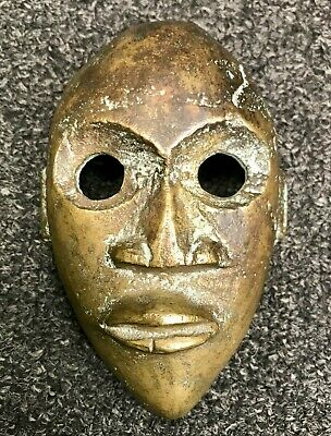 Beautiful Mask Tribale African Bronze Sculpture Statue