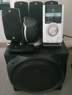 Logitech Z5500 5.1 Speakers in VGC