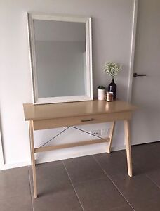 OAK STYLE STUDY DESK - DESPERATE TO SELL Bundall Gold Coast City Preview
