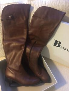 Women's Browns leather boots