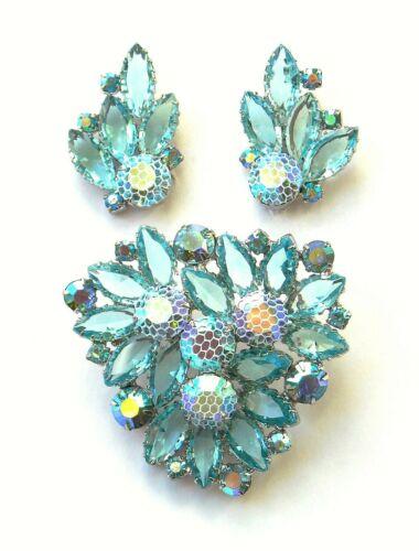 Kramer Aqua Netted Stone Brooch & Earrings - unsigned