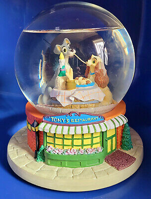 """Disney's Lady and the Tramp Snow Globe Tony's Restaurant """"Bella Notte"""" HOLIDAY"""