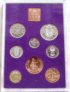 Proof Set of 1970 Pre Decimal Coins in an Impressive Folder and Case (COA)