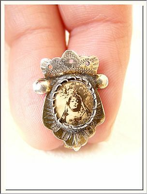 SUPERB ANTIQUE 1930's VIRGIN MADONA PIN BROOCH WITH IMAGE . VISIT MY STORE !!! - Christian Jewelry Store