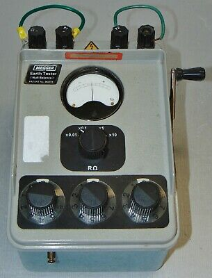 Megger Et32 Hand Crank Earth Resistance Tester Case