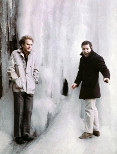 Simon & Garfunkel -  MUSIC PHOTO #33