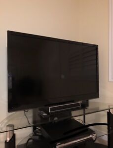 """AMAZING 47"""" LG T.V. FOR SALE!!"""