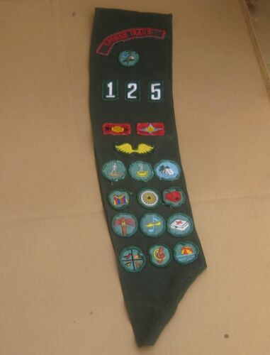 Vintage Girl Scouts USA Merit Badges Sash with Patches Spanish Trails 125