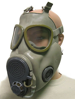 Czech M10M Gas Mask with Drinking Tube - NEW SEALED with Filters and Bag