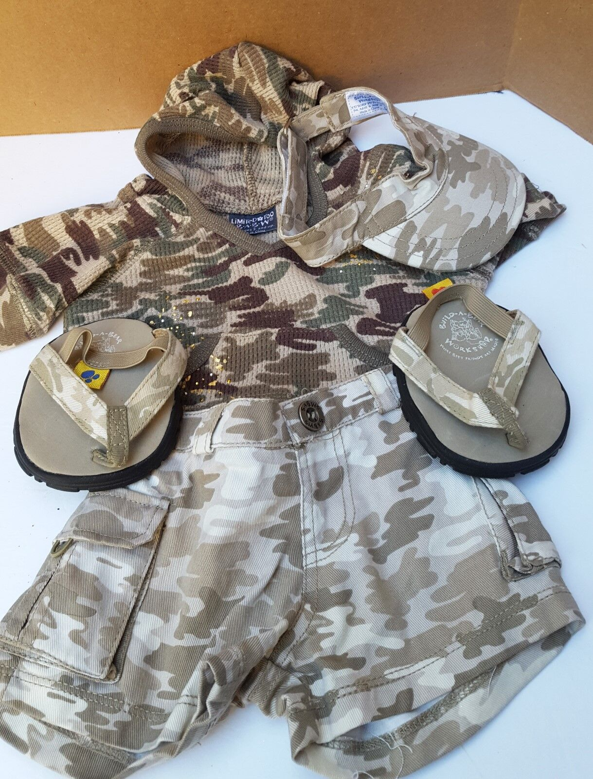 Build a Bear Army cargo Pants, Sweatshirt Shirt Hat Sandals Camoflage Outfit