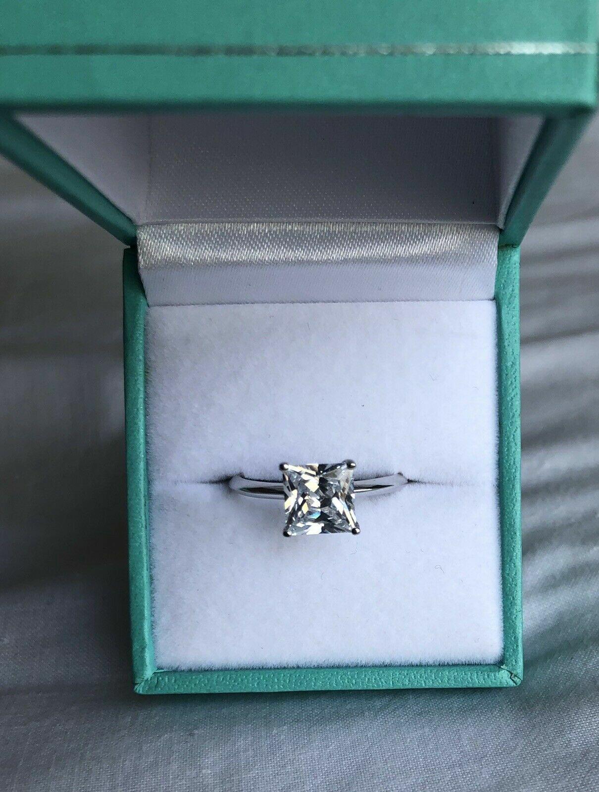2 CT Princess CUT DIAMOND SOLITAIRE ENGAGEMENT RING 14K WHIT