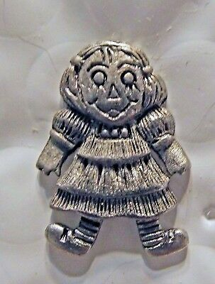 Raggedy Ann PEWTER HAT PIN LOT OF 2 FREE SHIPPING IN USA - Raggedy Ann Hat