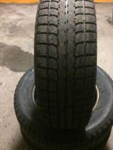 Pneus d'hiver 195 65 r15 winter tires