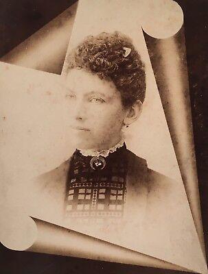 Pretty School Girls (1880's Pretty School Girl CABINET CARD PHOTO Memorial Funeral Salem)