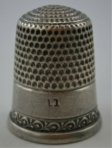 (A) Size 11 Sterling Silver Thimble with Decorated Band, Vintage