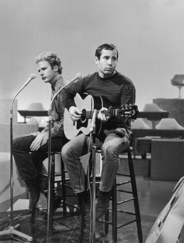 Simon & Garfunkel -  MUSIC PHOTO #3