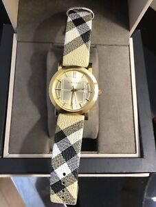 Burberry &Micheal Kors watch is a very good condition