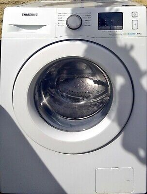 White Samsung washing machine 1400 spin, 8kg load, Eco bubble technology