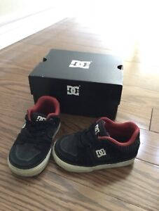 DC kids shoes size: 5