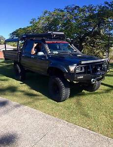 1994 Toyota Hilux Ute Labrador Gold Coast City Preview