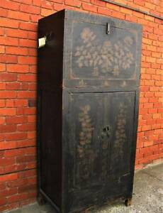 FINE ANTIQUE CHINESE SHANXI LACQUERED ELM WOOD COMPOUND CABINET C