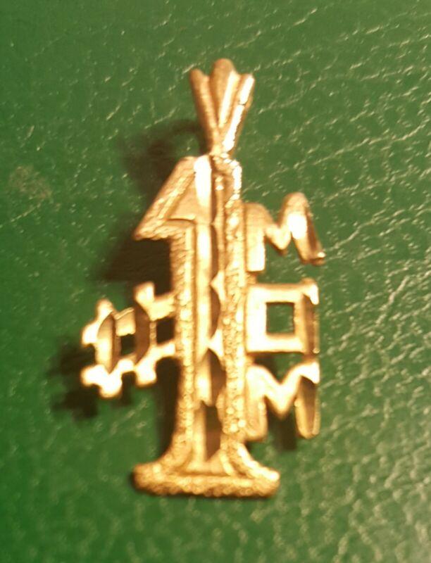 #1 MOM 14k SOLID GOLD CHARM DIAMOND CUT PENDANT .88g!