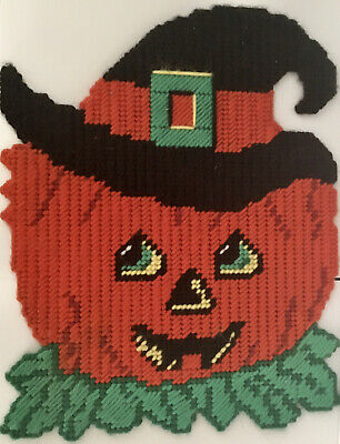 HALLOWEEN Vintage JACK-O-LANTERN Witch WALL HANGING Plastic Canvas - Completed