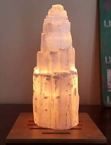 Selenite lamp + FREE 1 bulb + FREE wooden base Forrestdale Armadale Area Preview