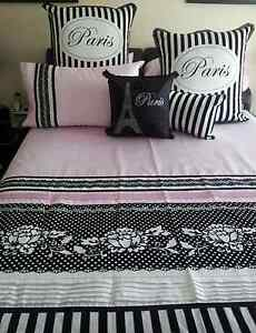 7 piece king size quilt cover set Highland Park Gold Coast City Preview
