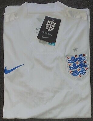 England Nike Training Shirt (M) Brand New with  Tags