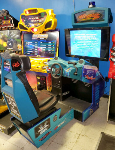 HYDRO THUNDER Boat Racing Arcade Driving Video Game Machine - WORKS GREAT! LCD!