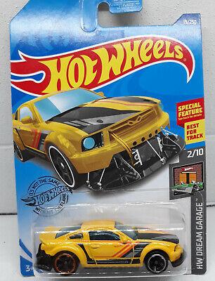 Hot Wheels 2005 Ford Mustang Best For Track HW Dream Garage (Best Toy Car Garage)