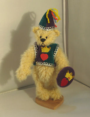 Deb Canham Miniature Bear- Sir Lancelot  1061/2500