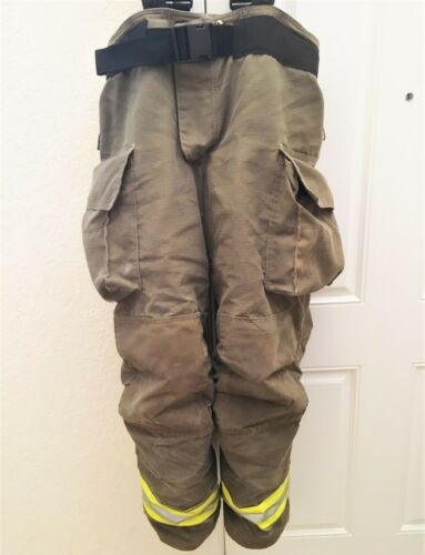 10/2012 GLOBE FIREFIGHTER TURNOUT BUNKER PANTS TROUSERS 38/32 VERY NICE