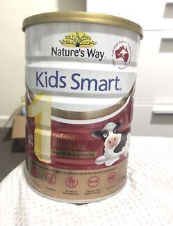 5x unopened tins- Nature's way infant formula