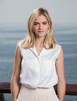 Emily Wickersham 8X10 Glossy Photo Picture Image  3