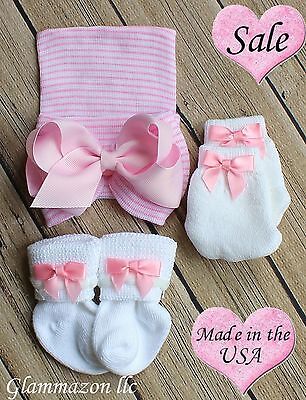 NEWBORN Hospital Pink Striped Beanie Hat Socks and Mittens BABY GIRL Set Of 3 ()