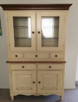 Buffet and Hutch Oyster Bay Sutherland Area Preview