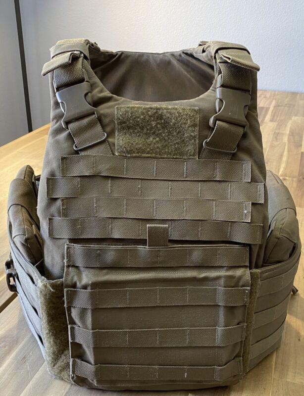 USMC Plate Carrier w/ All Soft Inserts + Repair Kit - MEDIUM