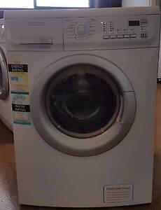 Electrolux 8kg Front Load Washing Machine EWF1083 Thomastown Whittlesea Area Preview