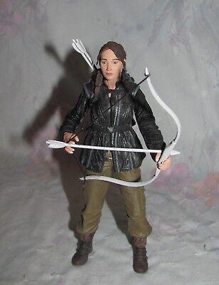 Katniss Everdeen Bow And Arrow (2011 Neca Hunger Games  Katniss EverDeen 6