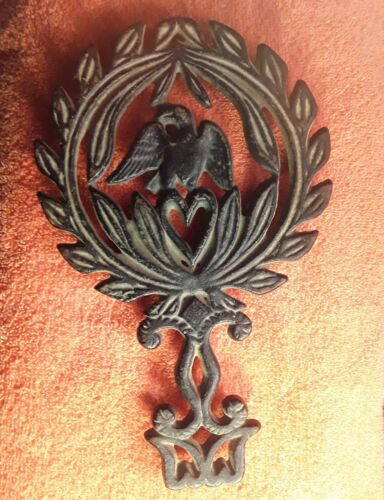 Vintage Cast Iron Footed Trivet - Eagle 1940